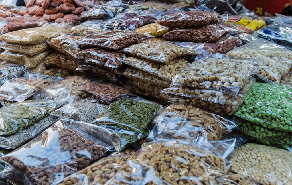 Dry food for survival backpack
